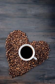 Koffiekopje en bonen