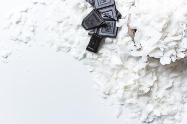 Kokosvlokken met donkere chocolade