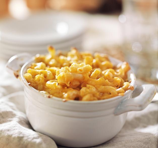 Kom gebakken macaroni en kaas