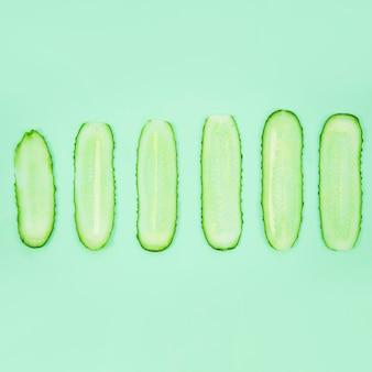 Komkommerplakken vanuit bovenaanzicht