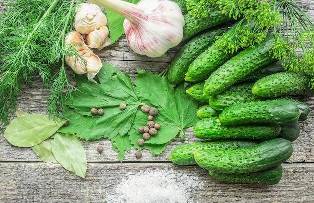 Komkommers voor beitsen