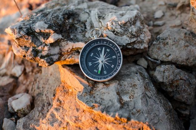 Kompas in de bergen