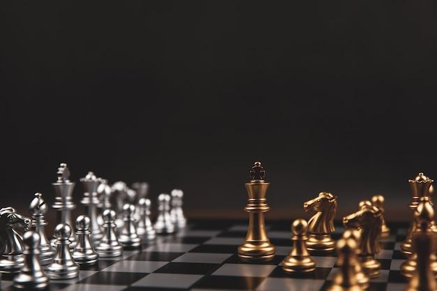 Koningsschaak dat uit de lijn kwam concept van business strategisch plan.