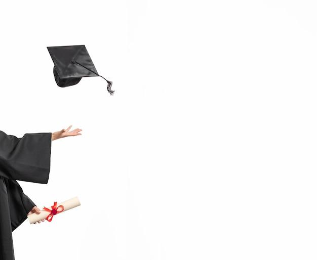 Kopieer de ruimte vrouw met afstuderen diploma