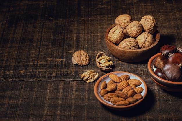 Kopieer ruimte gezonde snack in kommen