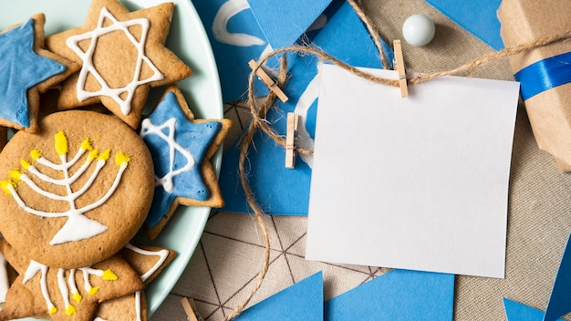 Kopieer ruimte wenskaart traditionele hanukkah joodse concept