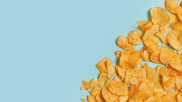 Kopieerruimte die ongezonde chips gebruiken