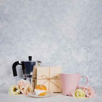 Kopje thee met gebak