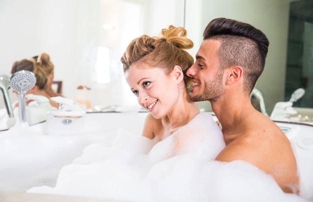 Koppel op huwelijksreis
