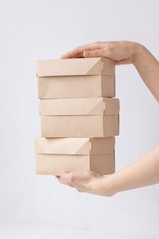Kraft kartonnen dozen eten of kleding bezorgen moderne manieren om eten te kopen met bezorging