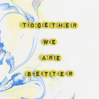 Kralenbrief samen zijn we een betere woordtypografie