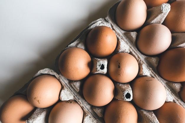 Krat met eieren
