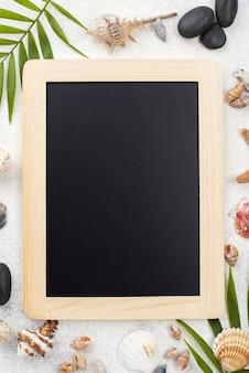 Krijtbord met nautisch frame