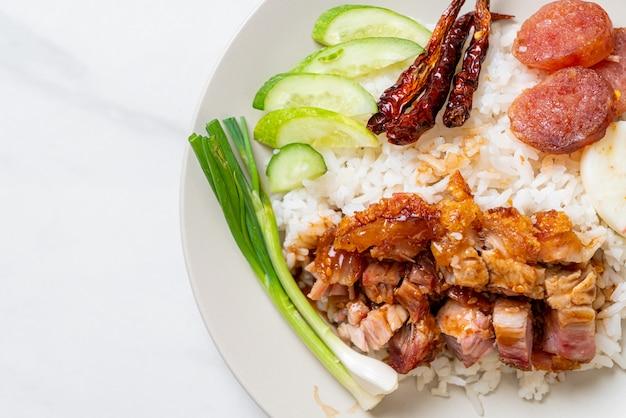Krokant buikspekje op rijst