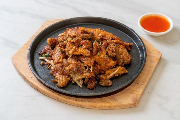 Krokant gebakken mosselpannenkoek of mosselomellette