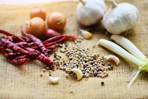 Kruiden en specerijen ingrediënten