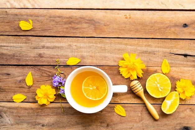 Kruiden gezonde dranken hete honing citroen