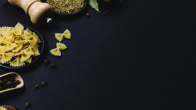 Kruiden, kruiden en pasta