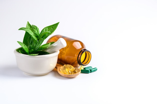 Kruidengeneeskunde capsule, vitamine en supplementen van natuurlijke