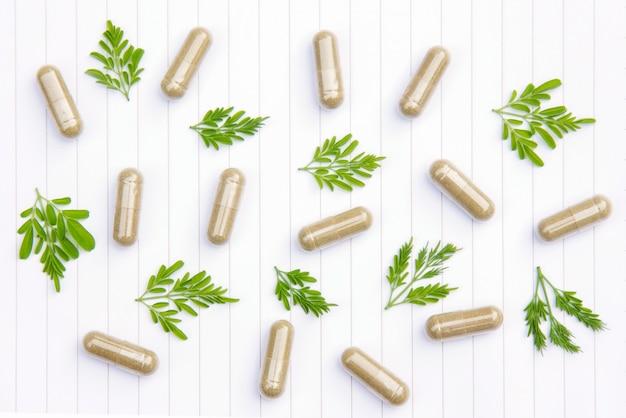 Kruidenpoeder medicijn met kruiden
