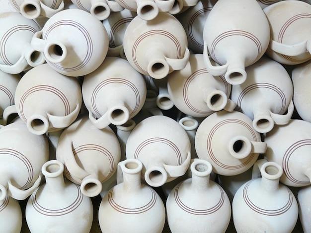 Kruiken aardewerk aarden materiaal kwetsbaar aardewerk