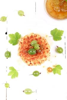 Kruisbessenjam met huisgemaakte wafels healthy food