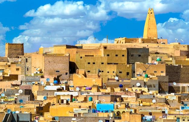 Ksar bounoura, een oude berberstad in de m'zab-vallei in algerije