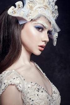 Kunst schoonheid meisje portret, wimpers en make-up