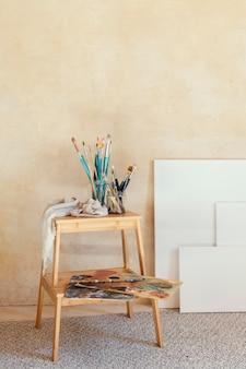 Kunstenaar rekwisieten voor schilderen