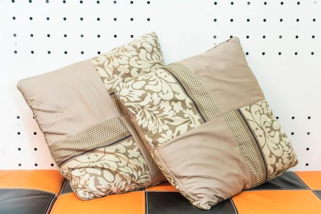 Kussen op sofa decoratie