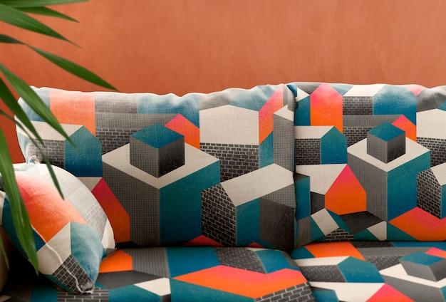 Kussen woonkamer bank, kleurrijk interieur