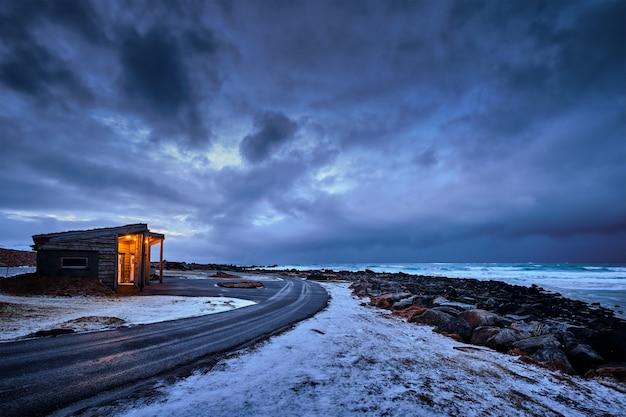 Kust van de noorse zee