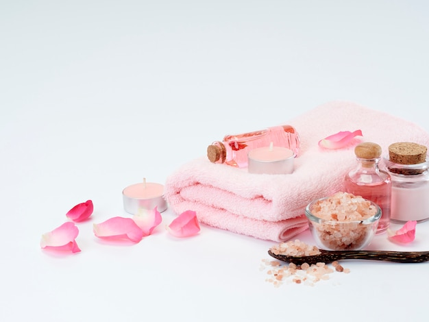 Kuuroord van rozenolie, roze himalayazout.