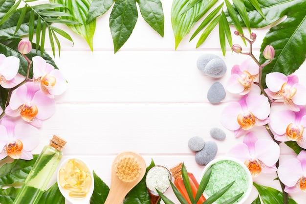 Kuuroordachtergrond met copyspace. spa wellness wenskaart. aromatherapie thema, handgemaakte cosmetica