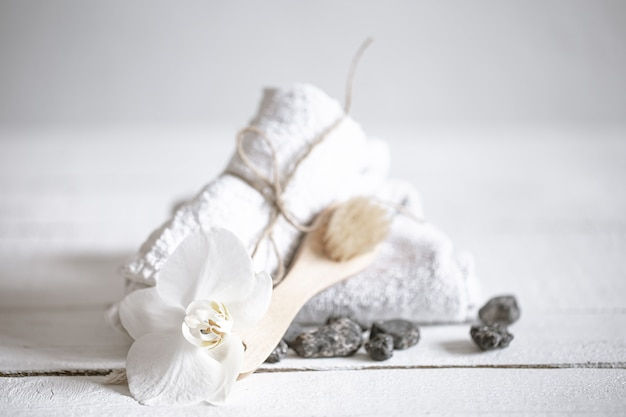 Kuuroordstilleven met producten voor lichaamsverzorging. gezondheid en schoonheid concept.