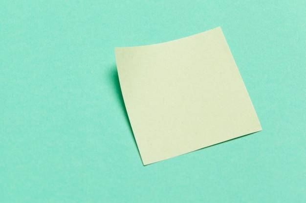 Label. papieren stickers voor de notities