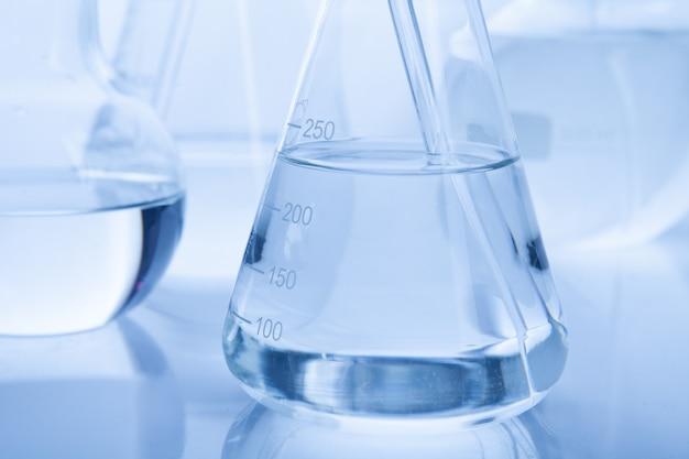 Laboratorium lab buis voor chemie concept