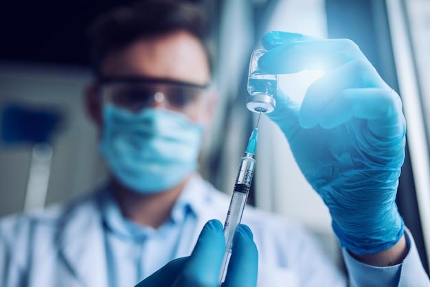 Laboratorium voor medische wetenschap. concept van virus- en bacterieonderzoek