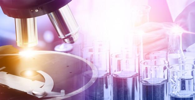 Laboratoriumonderzoek en ontwikkeling.