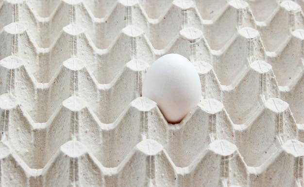 Lade met een ei close-up.