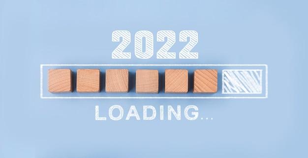 Laden van jaar 2021 tot 20222022 gelukkig nieuwjaar concept