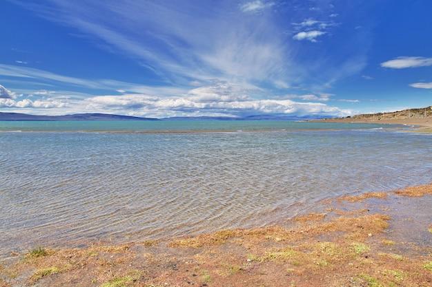 Lago argentino meer in laguna nimez, el calafate, patagonië, argentinië