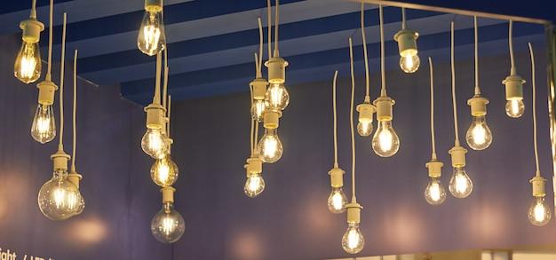 Lampen in verschillende maten en vormen