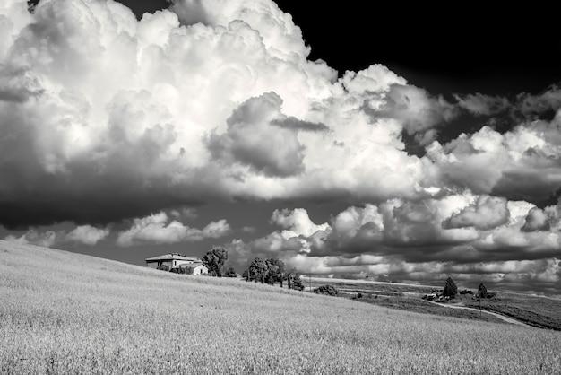 Landbouwgrond in val d'orcia toscane
