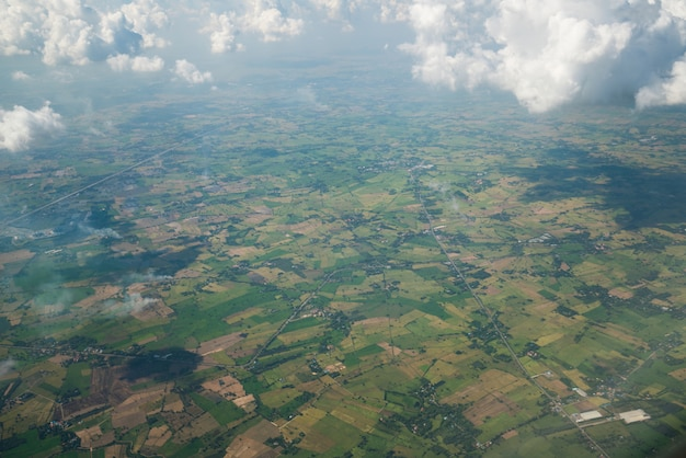 Landschap gezien vanuit het vliegtuig