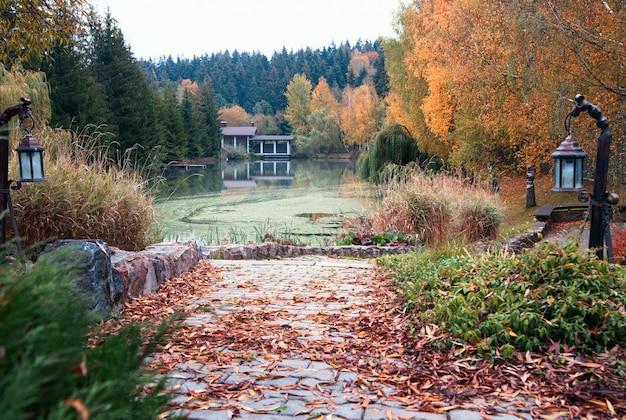 Landschap in de herfstweer