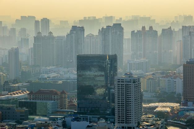 Landschap van het financiële district van singapore en de bedrijfsbouw.
