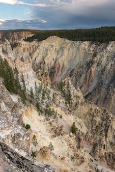 Landschap van het nationaal park yellowstone