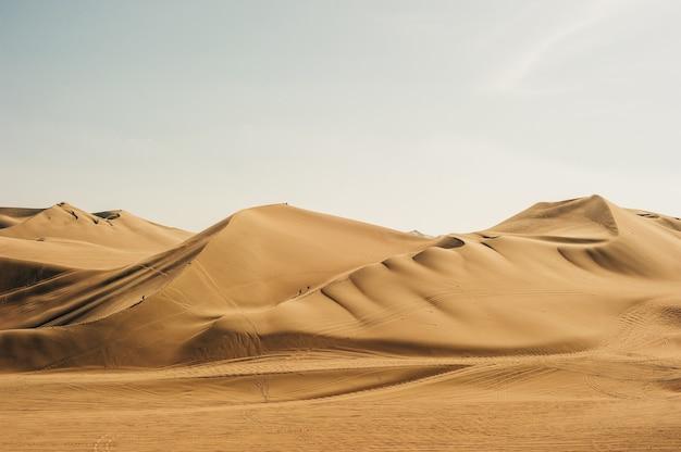 Landschap van huacachina-woestijn. in ica, peru.