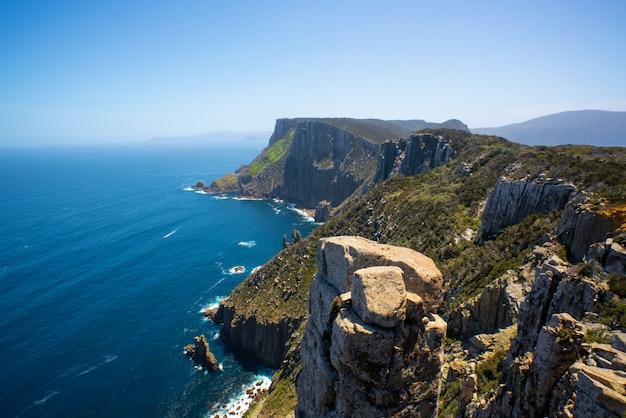 Landschap van tasman-schiereiland, tasmanië, australië